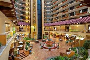 Embassy Suites Country Club