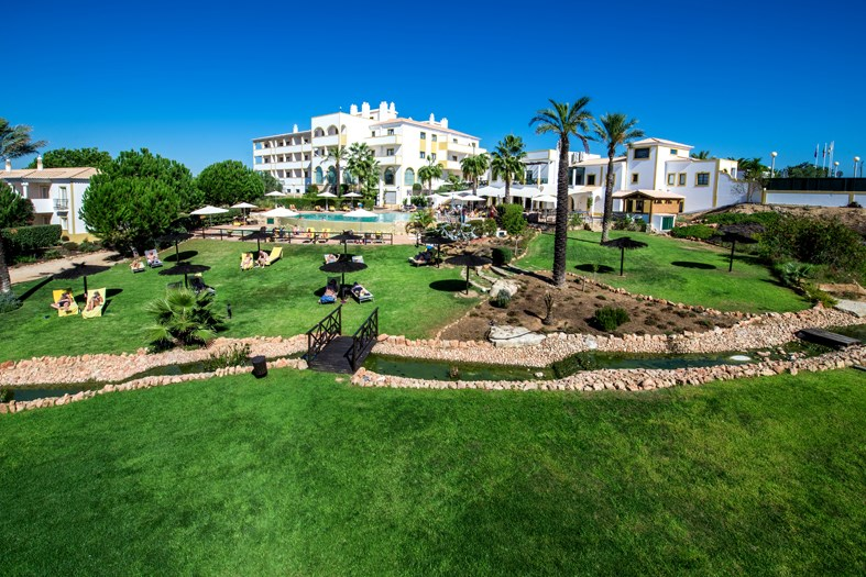 VALE DEL REI SUITE AND VILLAS HOTEL