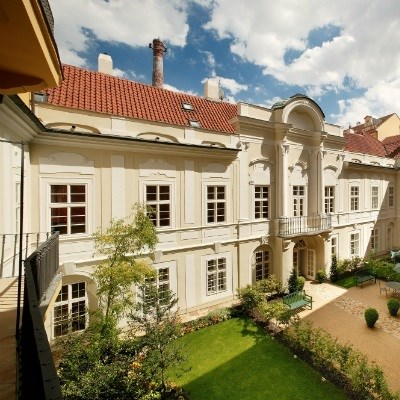 Mamaison Suite Hotel Pachtuv Palace (Junior Suite)