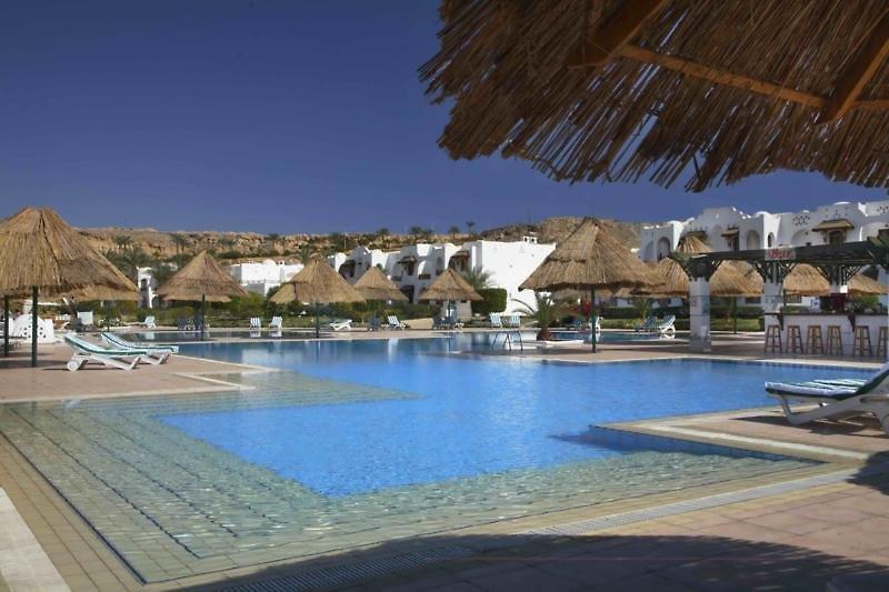 Sonesta Beach Resort