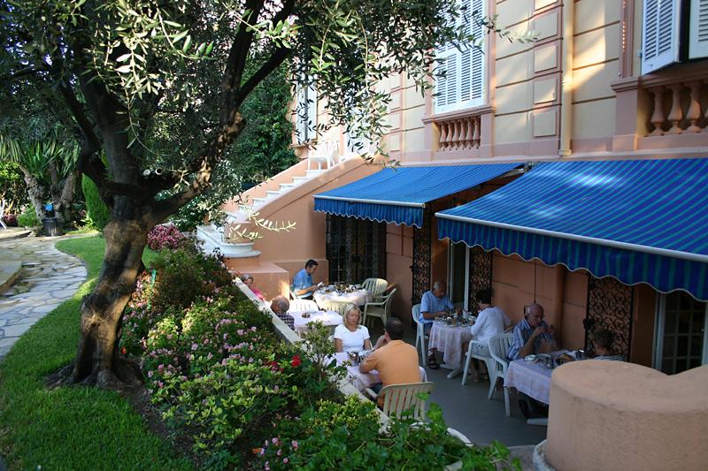 Golden Tulip Cannes - Hotel De Paris