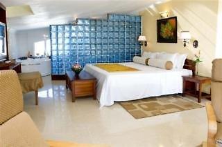 Hibiscus Resort & Spa