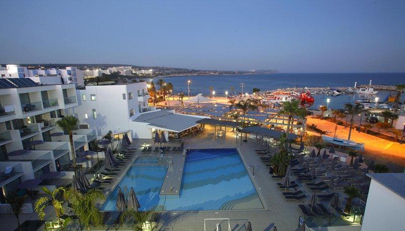 Limanaki Beach Hotel