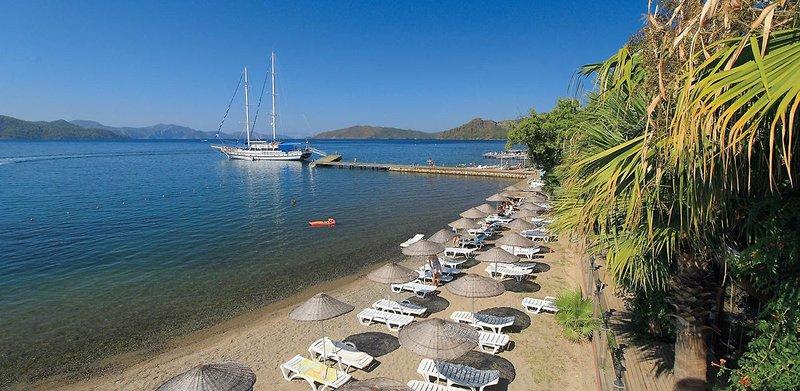 Fortezza Beach Resort