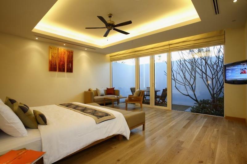 Splash Beach Resort Phuket