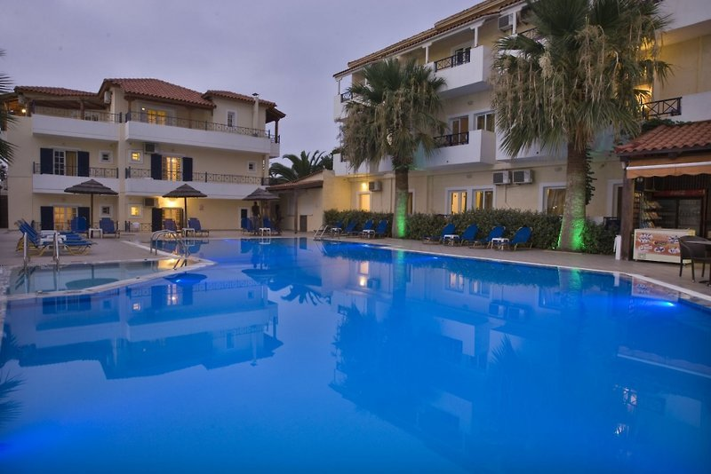 Philoxenia Family Hotel
