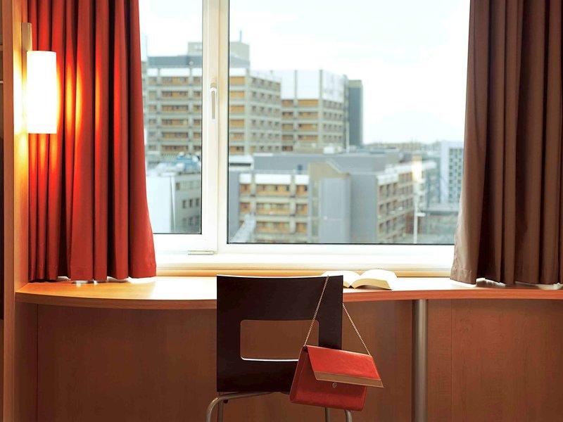 Ibis Barcelona Santa Coloma Hotel