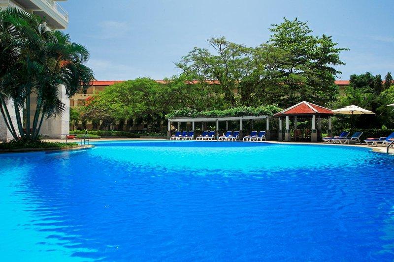 Waterfront Suites Phuket by Centara