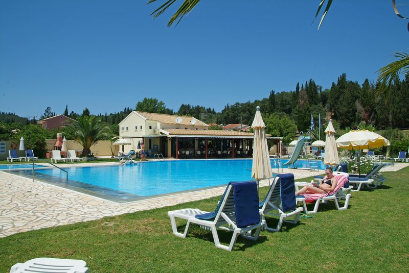 Ostria Apartments Sidari
