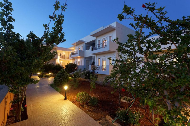 Fotis Studios And Apartments