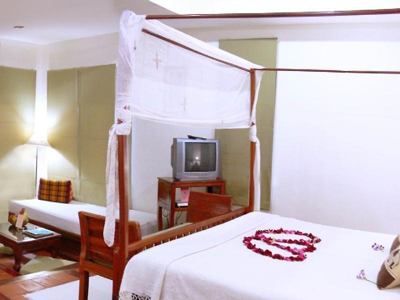 Malibu Koh Samui Resort And Beach Club