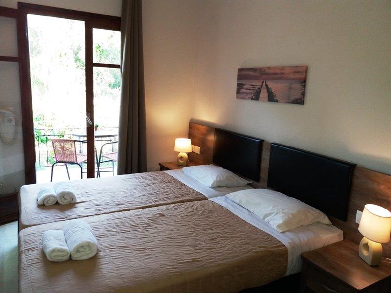 Mileona Rooms