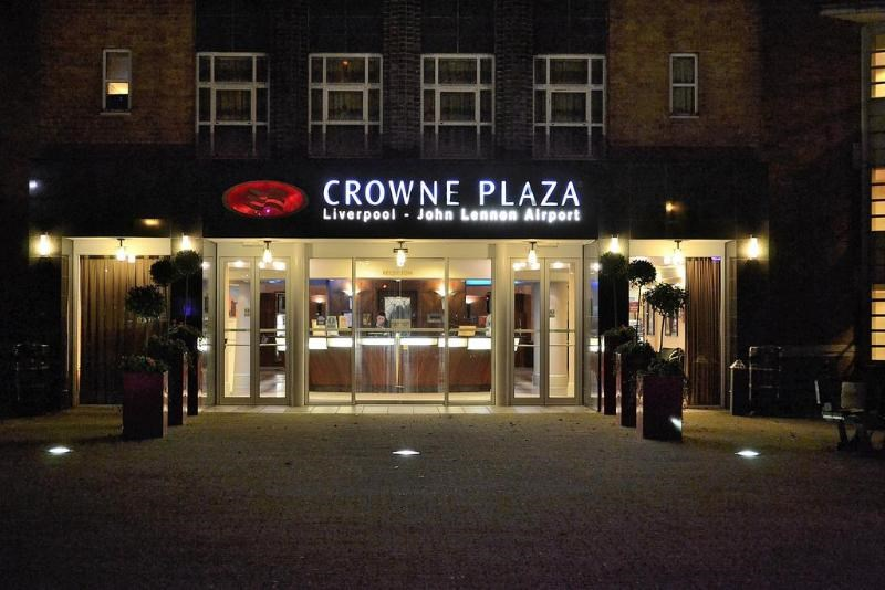 Crowne Plaza Liverpool John Lennon Airport Hotel